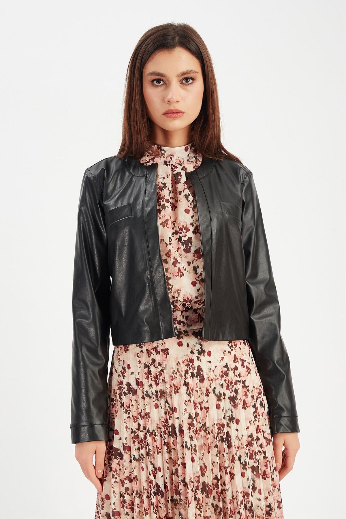Siyah Kadın Deri Ceket | Mk21W356016